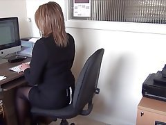 British, Amateur, POV, Secretary