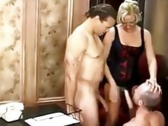 Amateur Bi Cuckold Porn